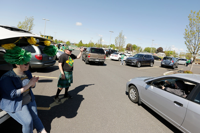 Shadle Park High School Cap and Gown Pickup