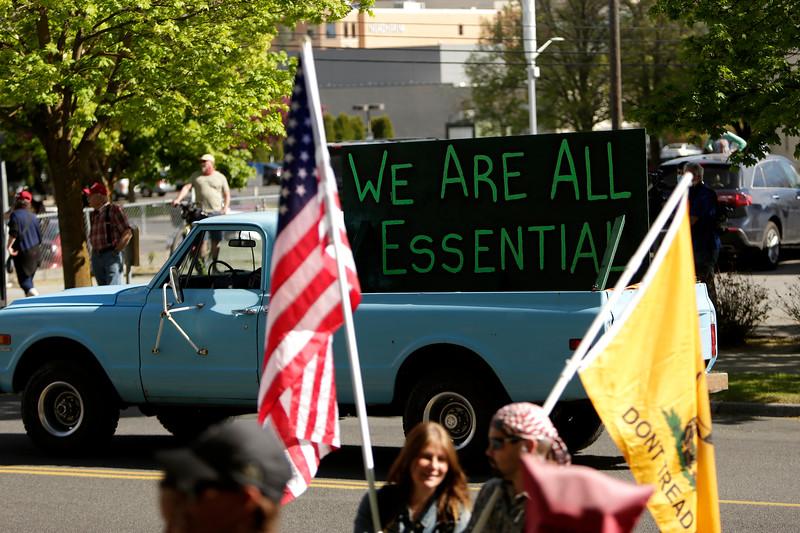 HEALTH-CORONAVIRUS/USA-PROTESTS