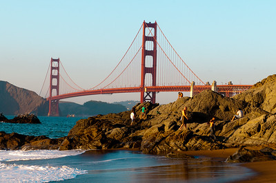 Classic beach view of the Golden Gate