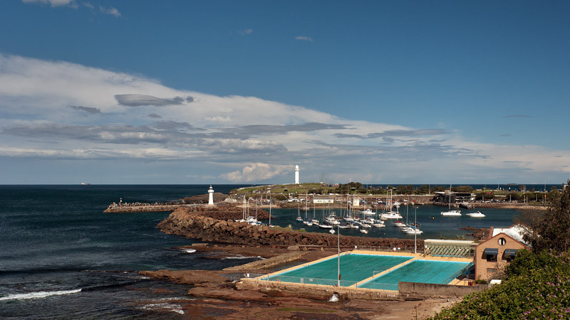 Wollongong harbour and lighthouses