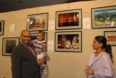 Sunny Sriram, GM, Rodas and his wife & son.