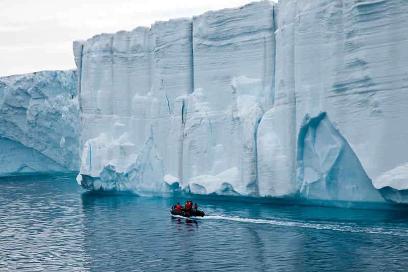 This miles-long glacier was estimated to be nearly 100 feet high.