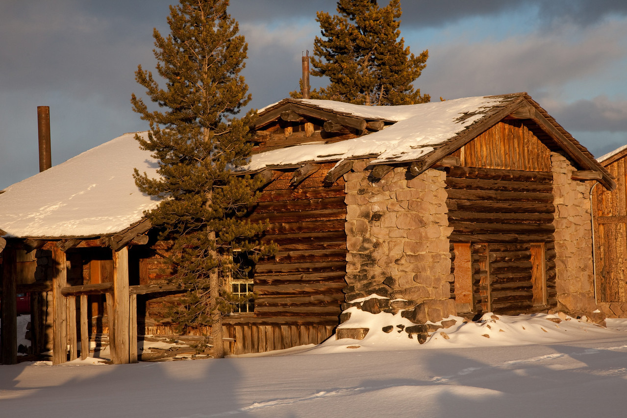 West Yellowstone abandoned building