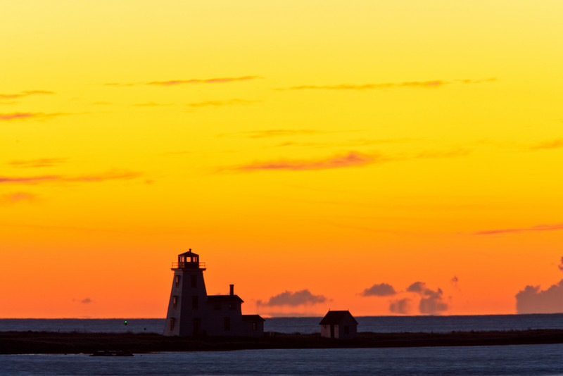 Northport Lighthouse in predawn light