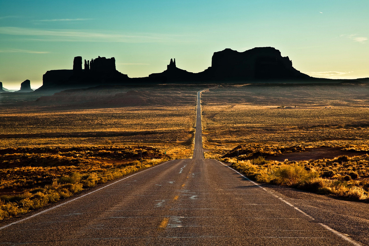 Highway 163 coming into Monument Valley