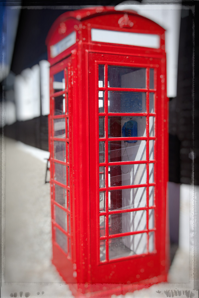Does this phone booth in Stanley tell you who owns the Falkland Islands? Right, it's British.