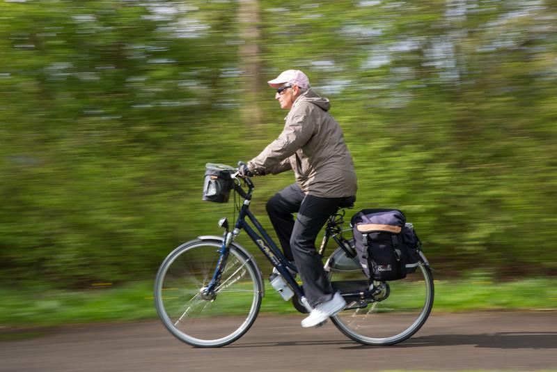 Out of the sandhills Julie was speeding toward Leiden.