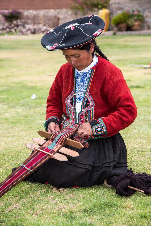 Weaving a strap