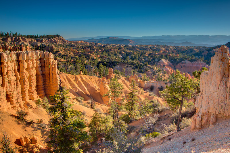 Looking northeast at Bryce Canyon