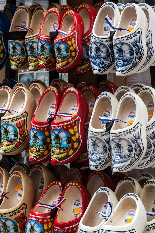 In addition to being able to buy flower bulbs, the marketplace sells these colorful traditional Dutch wooden shoes.