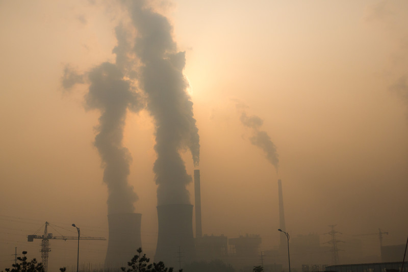 As we returned to Xian from seeing the Terracotta Warriors we were greeted with this staggering pollution.