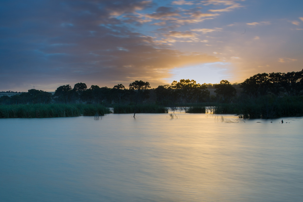 Sunrise on the River Murray in Mannum