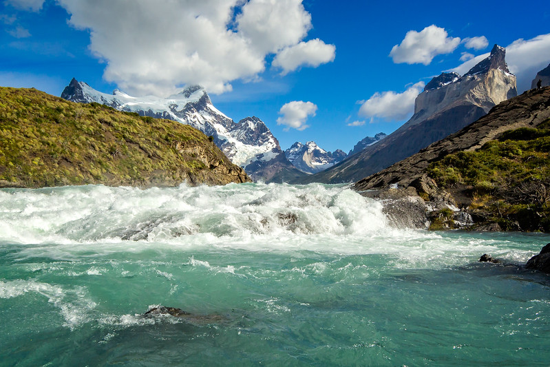 These are the rapids on the Paine River  before the falls.