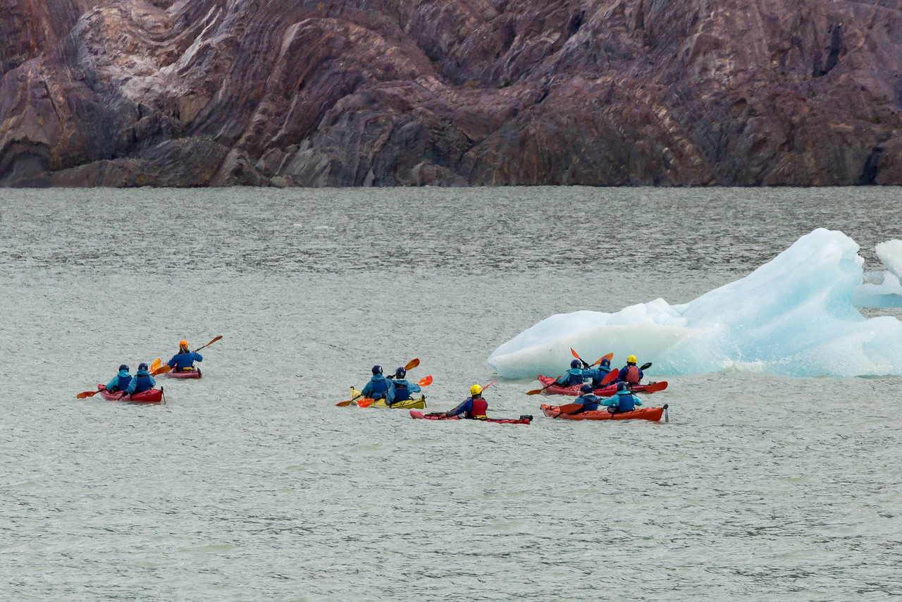 A closer view of the kayakers.