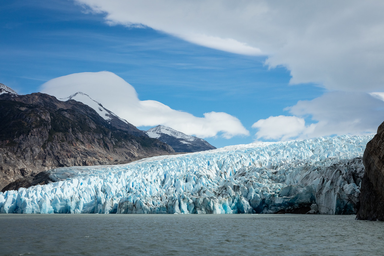 The glacier covers about 100 square miles and is about 200 feet high at its terminus.