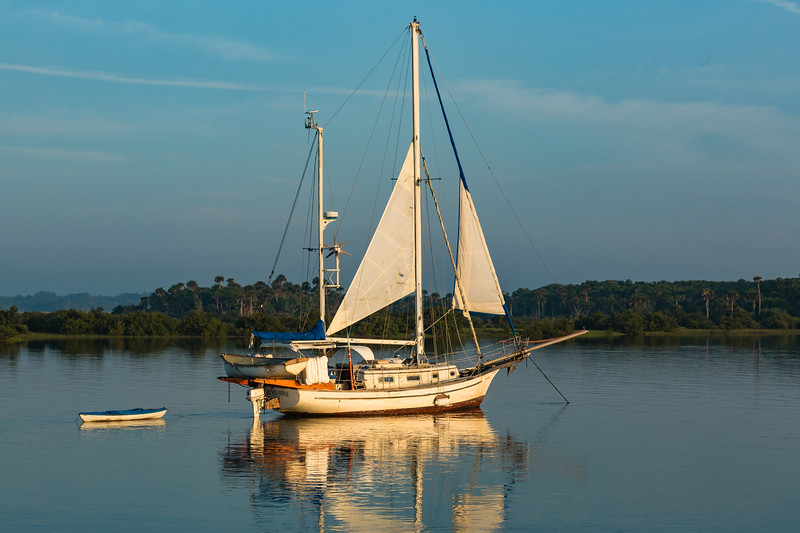 Sailboat passing by on the Intracoastal