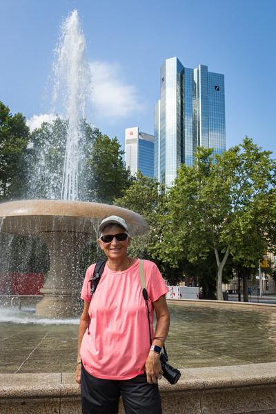 We biked around the green beltway of Frankfurt, enjoying the views of this dynamic city.