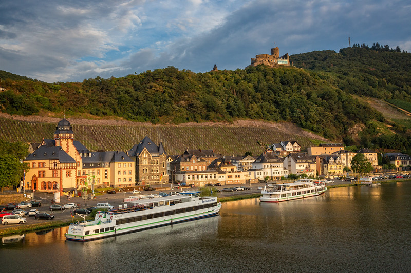 We arrived in Bernkastel as the soft light of evening settled over the city with the Bernkastel Castle high on the hill.