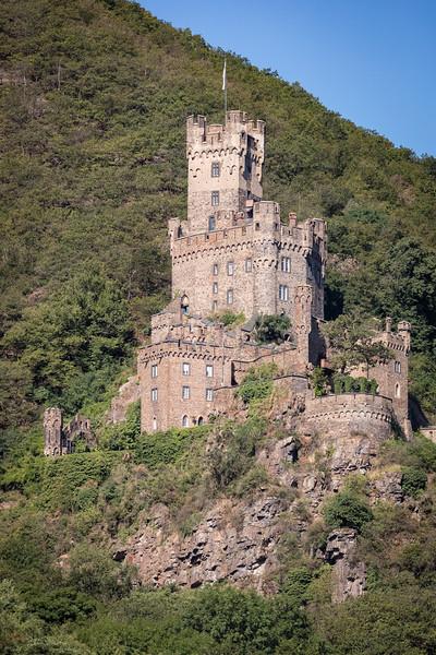 Sooneck Castle .