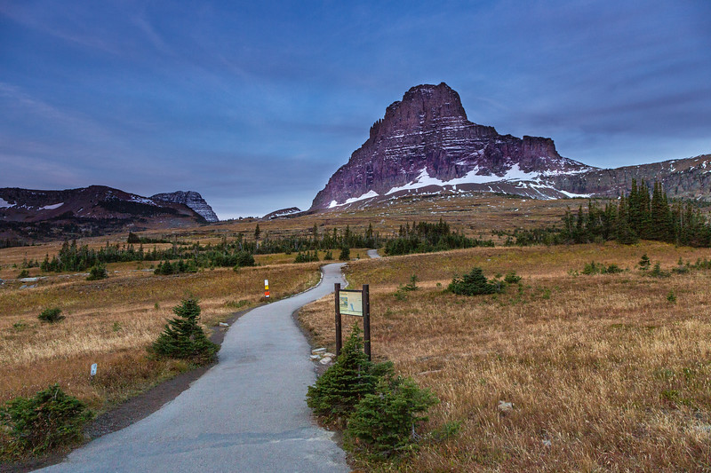 The start of Hidden Lake trail at Logan Pass.