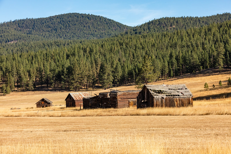 Old barns as we drove the backroads of western Montana.