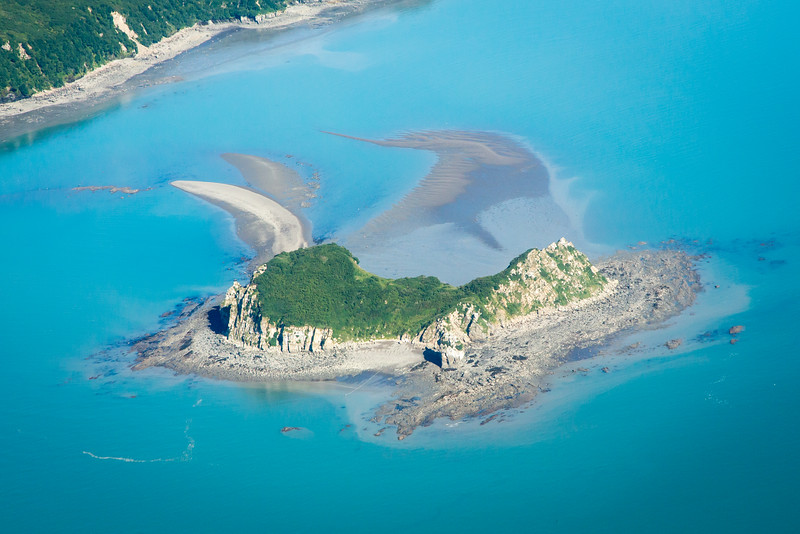 Captain Cook discovered Duck Is which sits in the Cook Straits