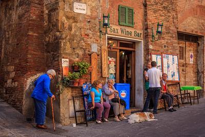 Sax Wine Bar in Montepulciano, Italy