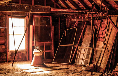 An unused New England barn loft