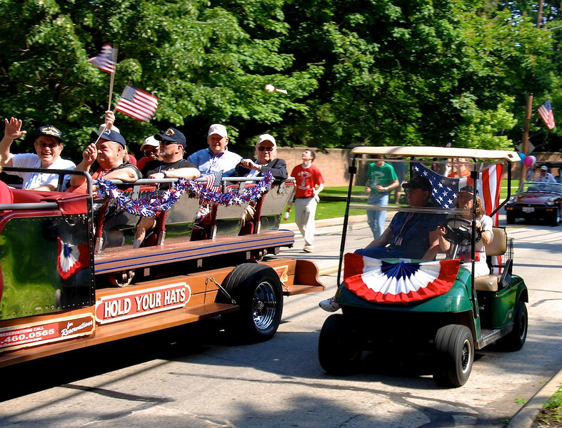 Bratenahl Memorial Day Parade 2011 28.jpg