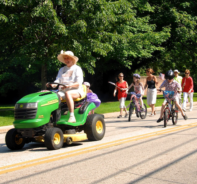Bratenahl Memorial Day Parade 2011 32.jpg
