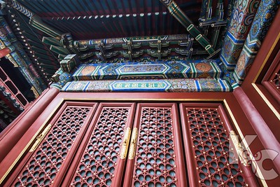 Temple of Heaven Door