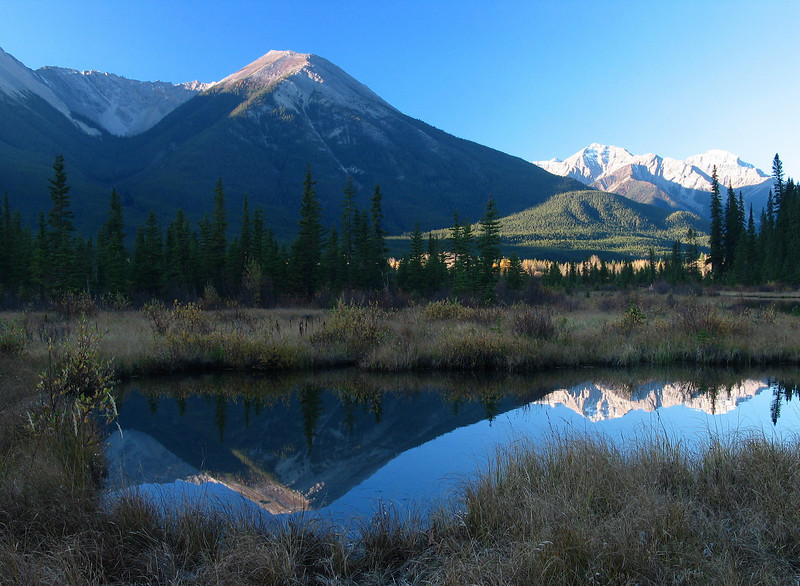 Morning at Vermillion Lakes<br /> Banff National Park, Alberta, Canada
