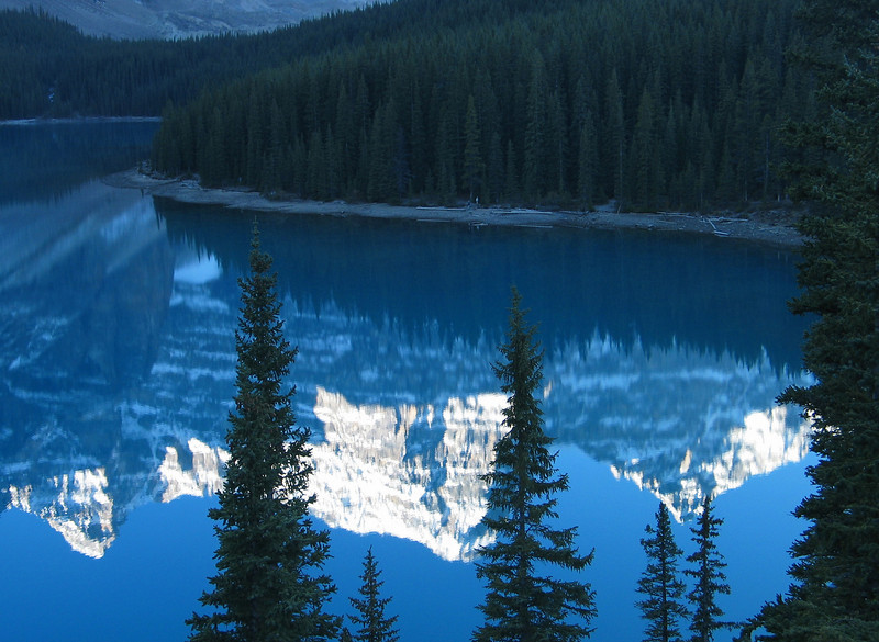 Sunrise on Mountains of the Valley of the Ten Peaks reflected in Moraine Lake<br /> Banff National Park, Alberta, Canada