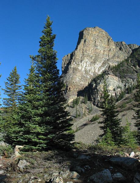 Moraine Lake Rockpile Trail<br /> Banff National Park, Alberta, Canada