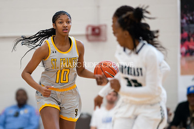 Holiday Invitational girls championship. Southeast Raleigh vs St. Francis. December 28, 2019. D4S_3283