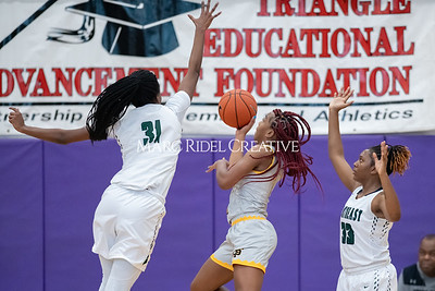 Holiday Invitational girls championship. Southeast Raleigh vs St. Francis. December 28, 2019. MRC_9552