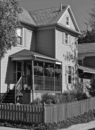 Zoar Village House