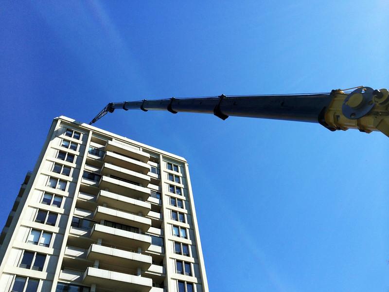 bp one crane 8.jpg