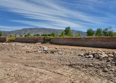 BOV_3431-7x5- Water Retaining Wall