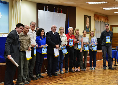 BOV_1077-Group at Rotary