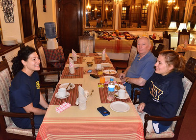 BOV_1093-7x5-Breakfast at Hotel Aranjuez