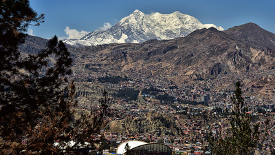 BOL_3366-Illimani-above La Paz