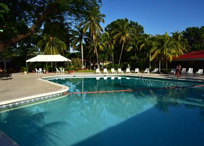 NIC_0007-Hotel-Pool