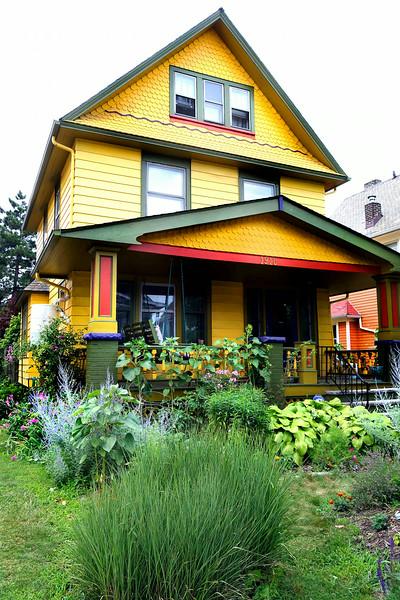 Detroit Shoreway Garden Walk 16 small.jpg