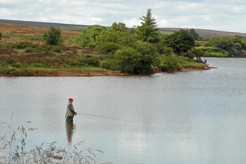 SC 320 Scaling Dam Fisherman, England