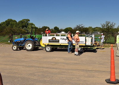 NEA_6308-7x5-Hay Wagon