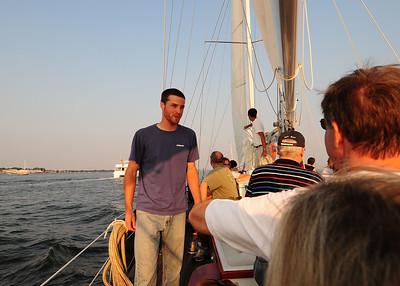 NEA_7977-7x5-David-Sail helper