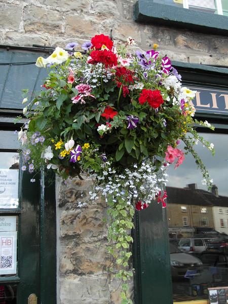 FL 133 Helmsley Flowers, England