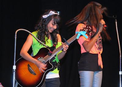 NEA_1150-7x5-Guitarist