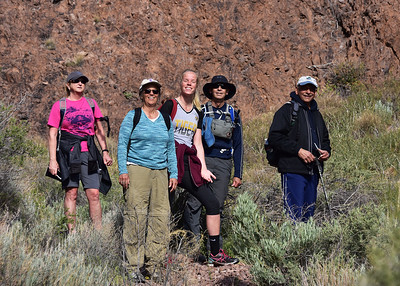 NEA_0972-7x5-Hikers-Chupadera